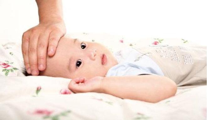小儿黄疸如何治疗_新生儿黄疸的症状图片,新生儿黄疸图片大全_新生儿黄疸_39疾病百科