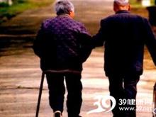 老人性格孤僻